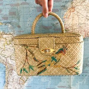 Vintage • woven box purse